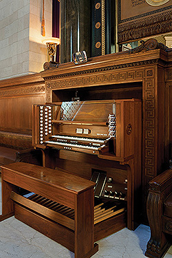 House of the Temple Pipe Organ console, Photography by Arthur W. Pierson