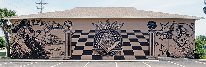 The Masters of the Revolution mural in its entirety on one of the walls of Grand Strand Lodge No. 392, in North Myrtle Beach, SC.